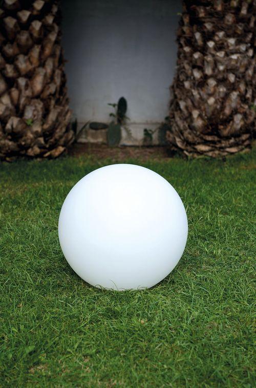 KERIA LUMINAIRES vous présente la lampe boule BOBBY indoor / outdoor ...