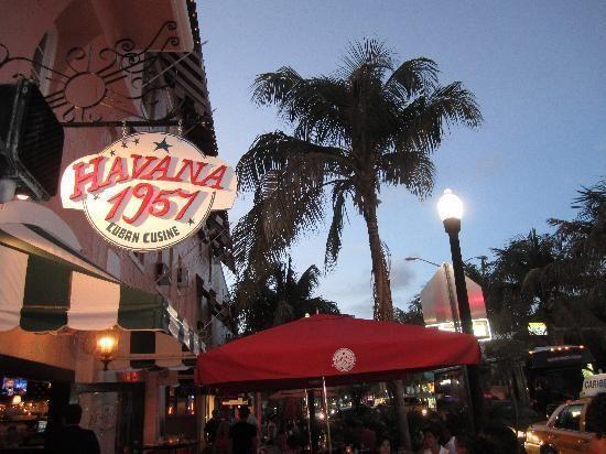 Havana 1957 Lincoln Road Miami Beach Big Ups To The Best Waiter In Miami John Miami Beach Cuban Restaurant Miami