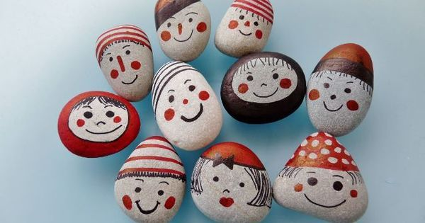 Happy Faces Funny Faces And Faces On Pinterest Rock Crafts Painted Rocks Stone Crafts