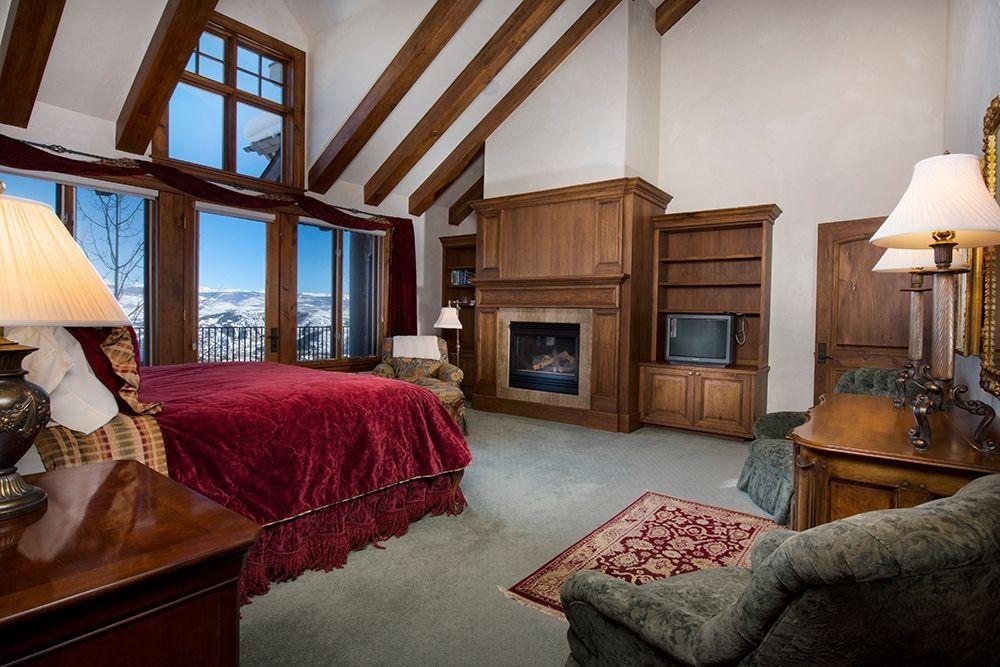 Dieses gemütliche Schlafzimmer macht seine weiße kahle Wände einen - gemtliche schlafzimmer farben