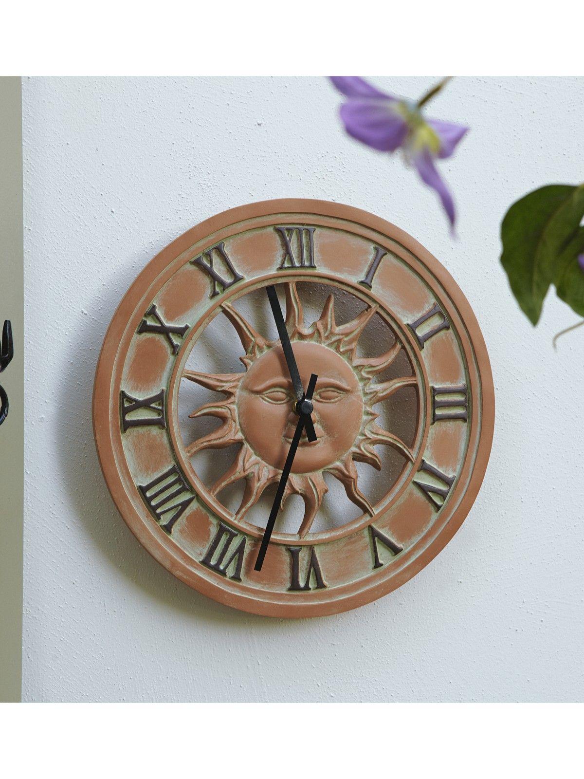 Attirant Outdoor Wall Clock