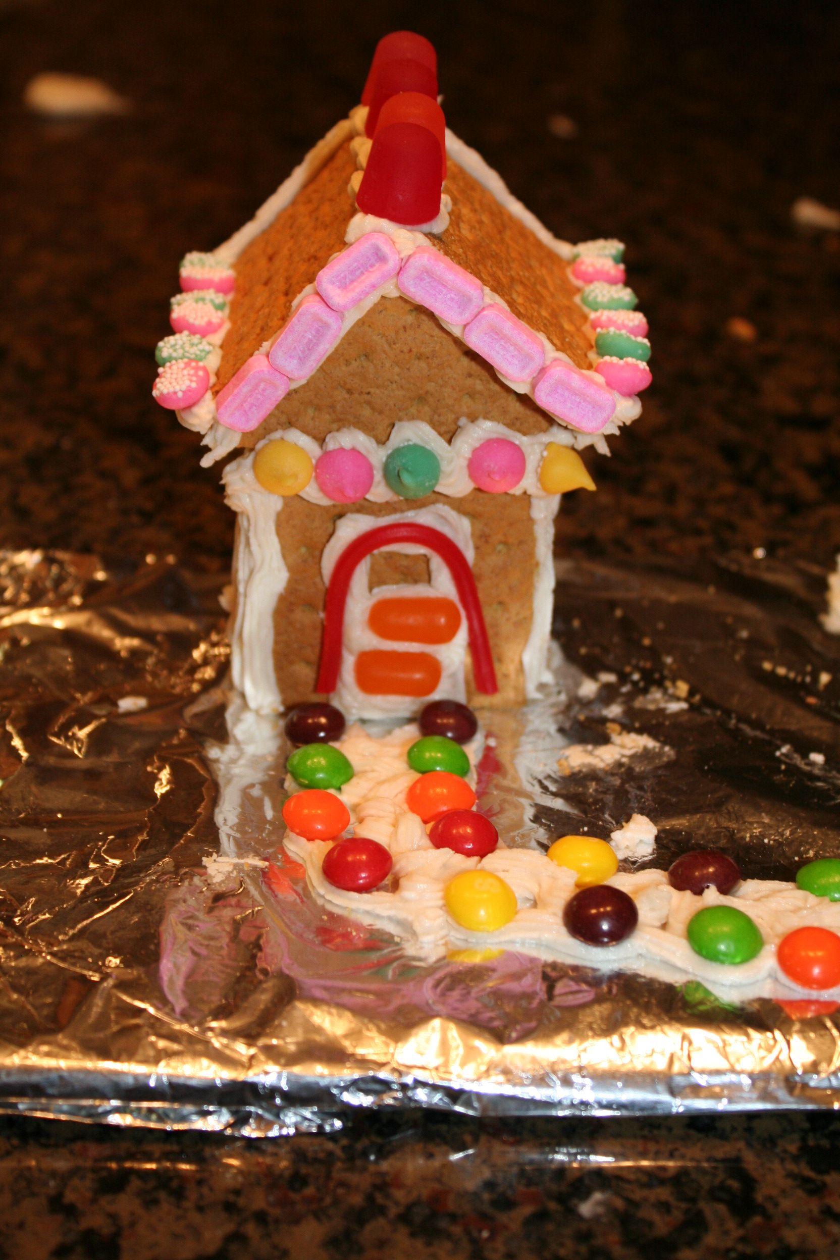 Holiday DIY Graham Cracker Gingerbread House Graham