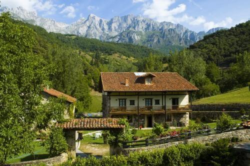 Posada San Pelayo Hotel Camaleno, Cantabria Spain