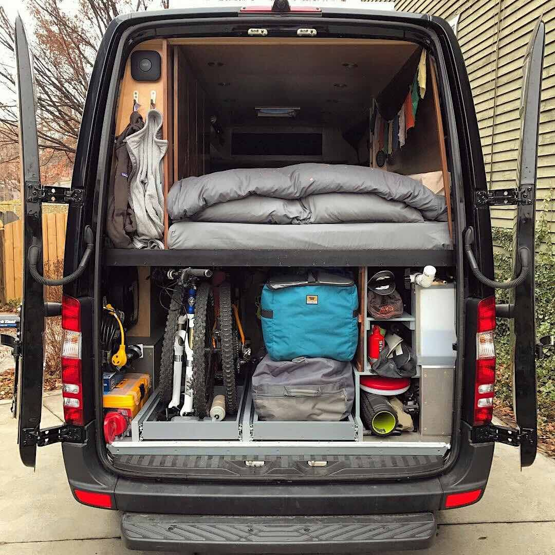 Sprinter Van Camper >> Pin By Kaitlyn Sisneros On Van Life Goals Sprinter Camper