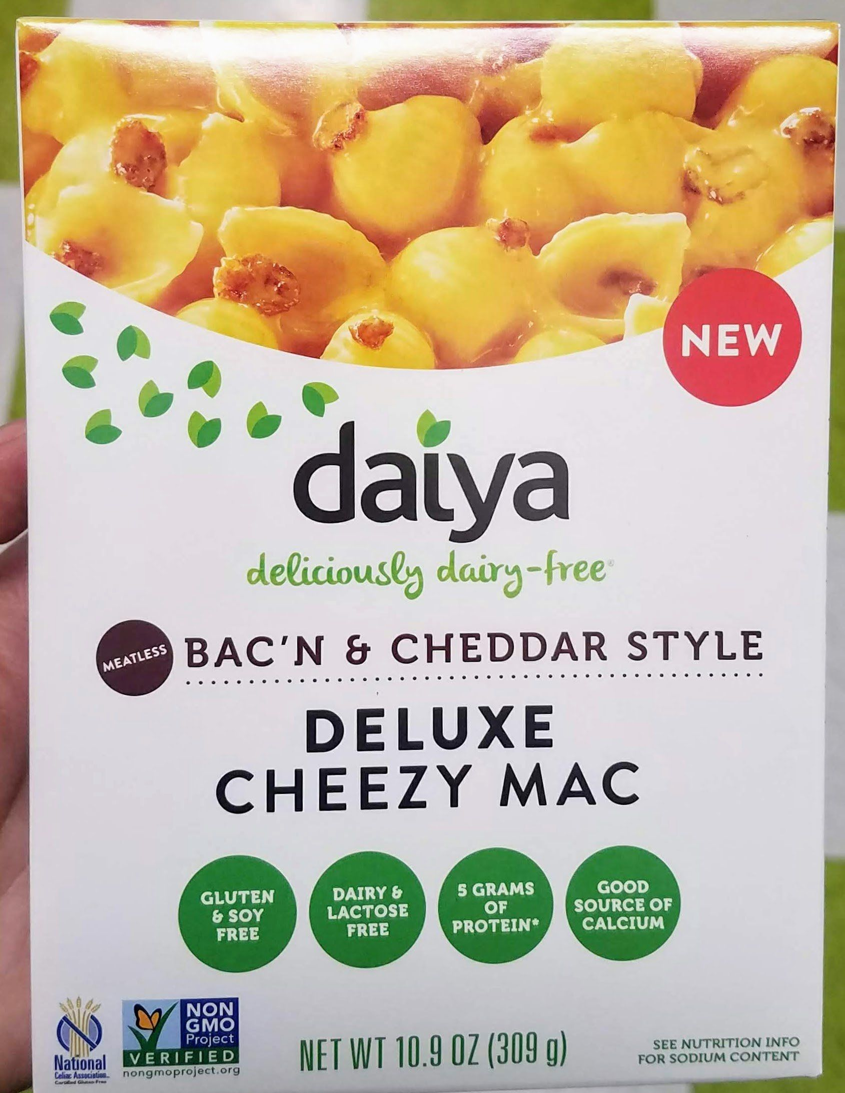 Daiya Cheezy Mac Deluxe Bac N Cheddar Style Vegan Mac And Cheese Daiya Mac And Cheese Food Bacon Mac And Cheese