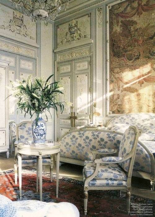 The Ritz Paris Duke And Duchess Of Windsor Suite Wallis - French blue bedroom design