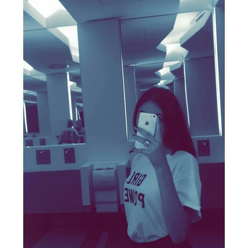 Pin By Aisha On Pictures Mirror Selfie Selfie Photo R/mirrorselfie is the sub for real girls taking selfies in mirrors. mirror selfie