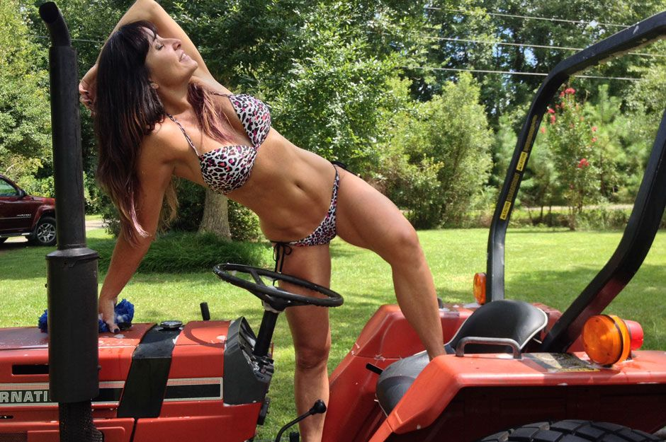 Bikini girls washing tractor