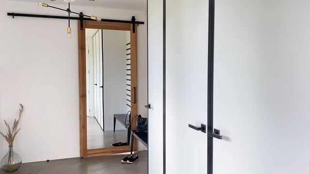 Drzwi przesuwne loftowe VERRIERE, styl minimalistyczny | REN…
