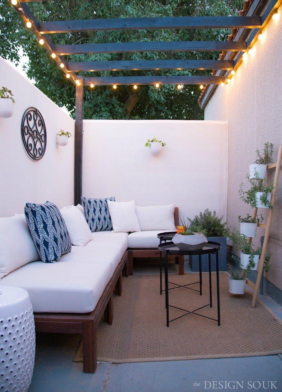 A Small Patio Makeover The Design Souk Decorar Patio Pequeño Diseño De Patio Moderno Decoración De Patio Exterior