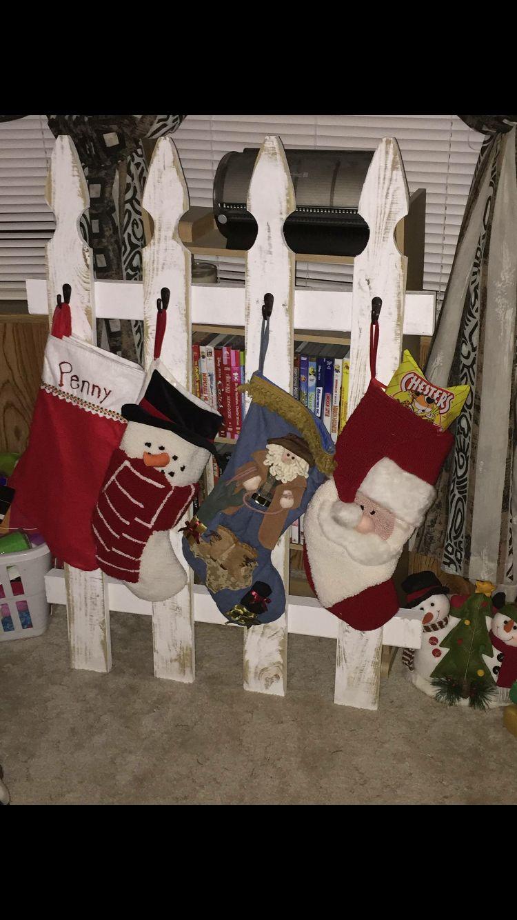 Picket Fence Stocking Holder Christmas stockings diy