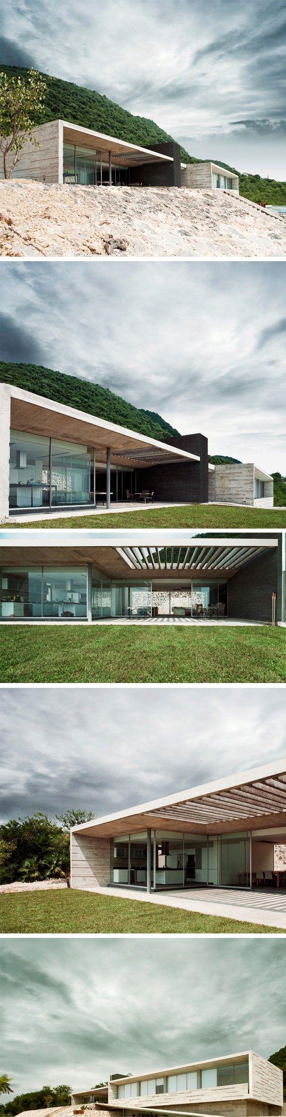 Container house une villa élégante et longiligne en bois