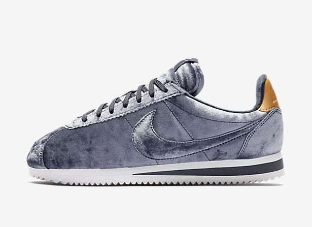 competitive price 483b1 d53dc Nike Classic Cortez Velvet pour Femme Nike Cortez, Nike Classic Cortez, Baskets  Nike,