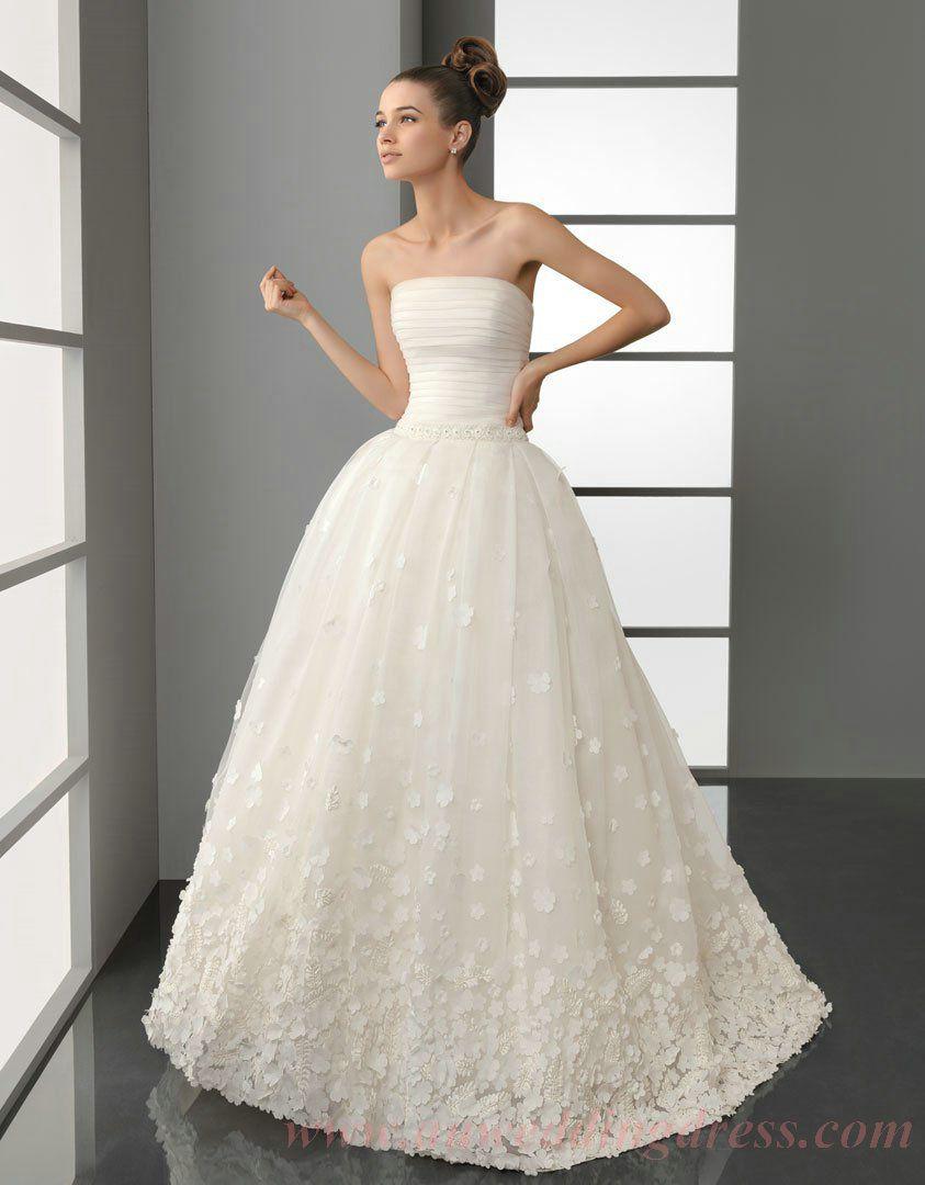 Strapless Petals Trimmed Brush Train Puffy Wedding Dress.jpg (843 ...