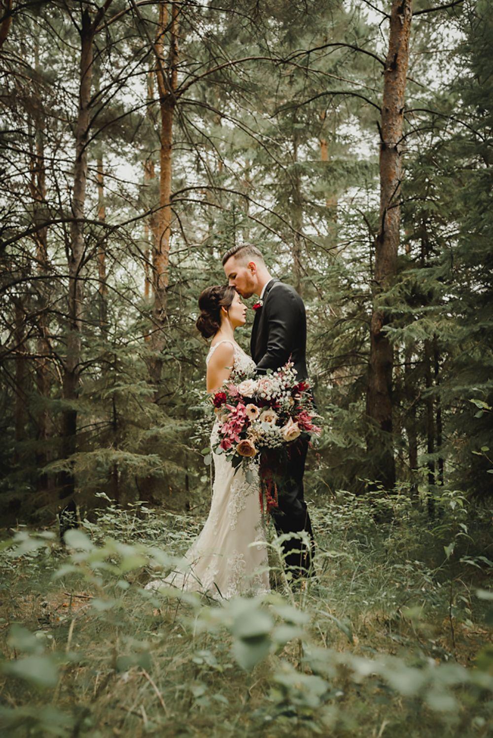 Canadas Most Beautiful Wedding Locations | Weddingbells