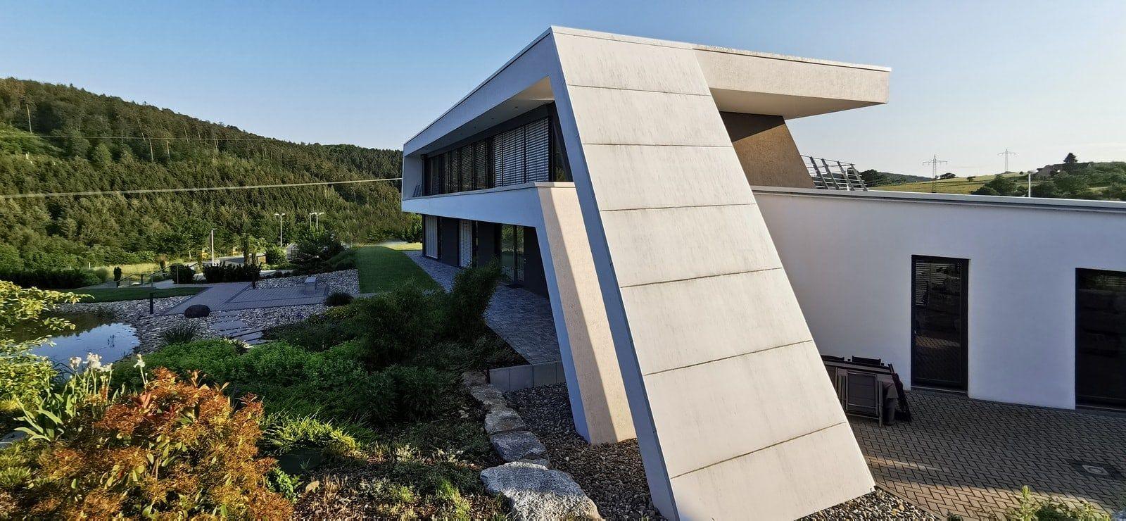 Futuristisches Bürogebäude