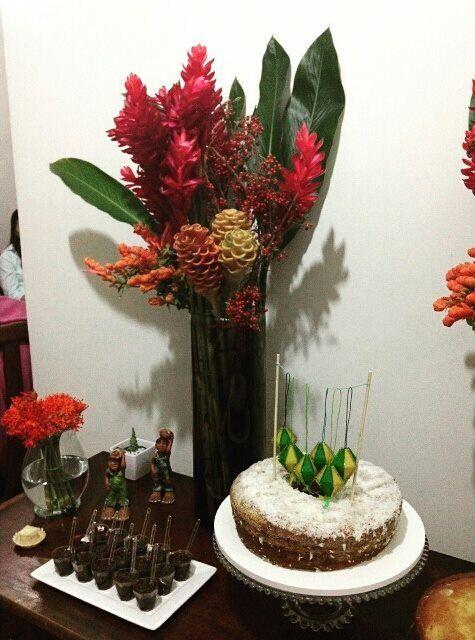 As comemorações juninas também são cheias de charme. Comemoração de aniversário. 30 anos.
