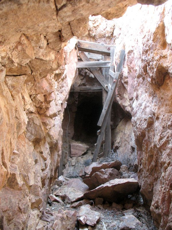 Gold Road Mine Tour In Arizona Arizona Gold Ghost