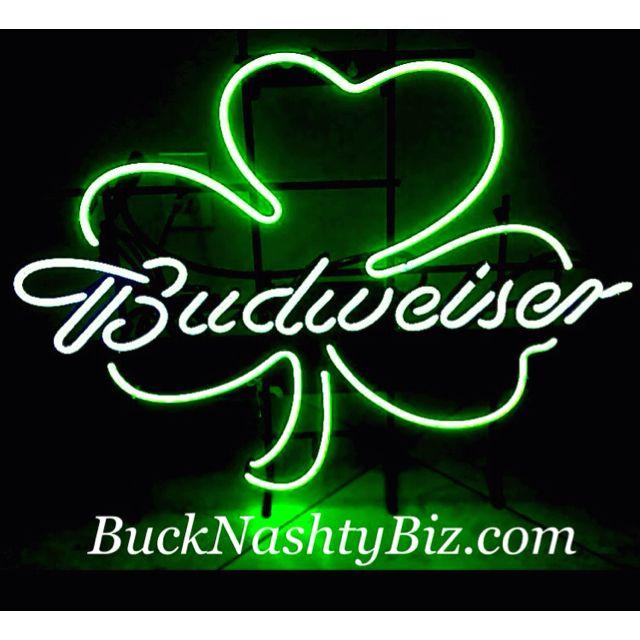 Budweiser Shamrock St Patricks Day Irish neon Bar Light