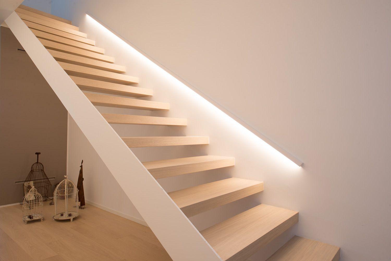 Plafoniere A Led Per Scale Condominiali : Lampade per scale condominio: idee illuminazione e