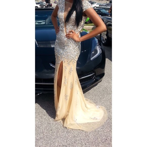 Stunning Nude Prom Dress | Nude prom dresses, Prom and Nude