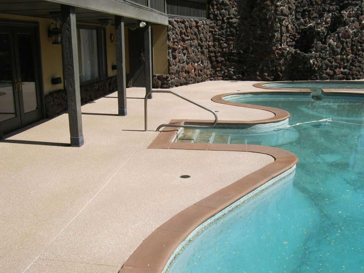 Concrete Pool Deck With Coordinating Coping Concrete