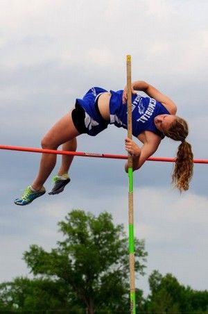 Memorial S Hayhurst Experiences Memorable Vault Scary Fall How To Memorize Things Memories Pole Vault