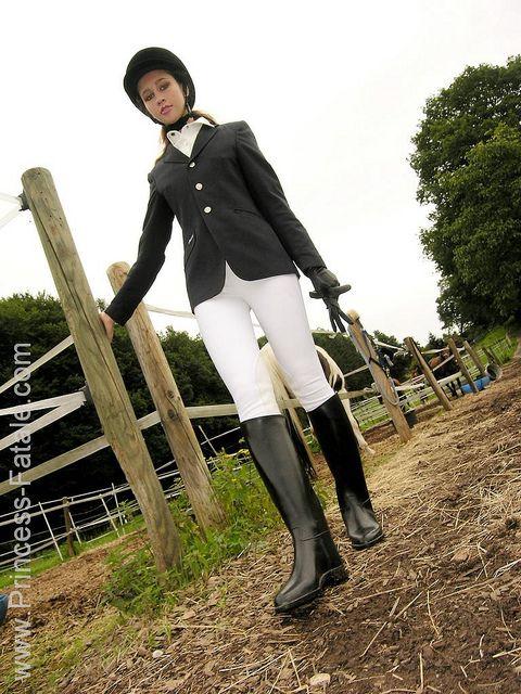 girls equestrian boots