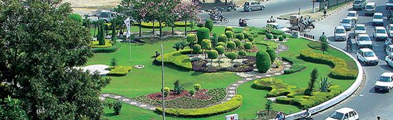 How Chandigarh Is Most Favorite Living Place In India Cool Places To Visit Tourist Places Taxi Service
