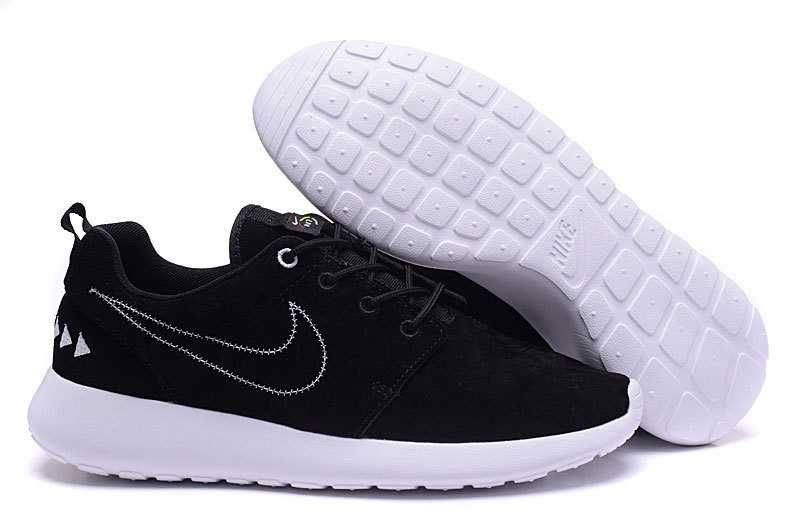 Big Discount  66 OFF Nike Wmns Roshe One Flyknit 704927 010 Sneakersnstuff