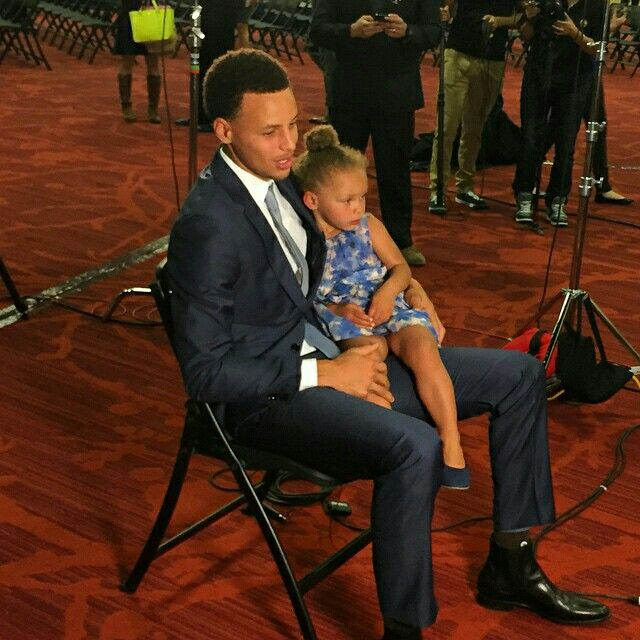 Stephen Curry And Ayesha Curry Interview: Riley Joins Her Dad During A #KiaMVP Interview