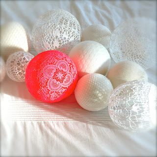Boules dentelle et boule tricot