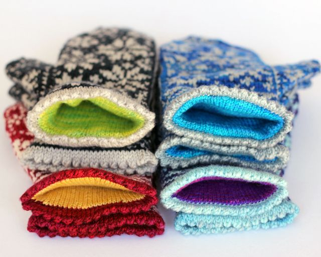 Ravelry: Snowfling Mitts pattern by Tanis Lavallee.  dk for the stranded. and sock for the interior