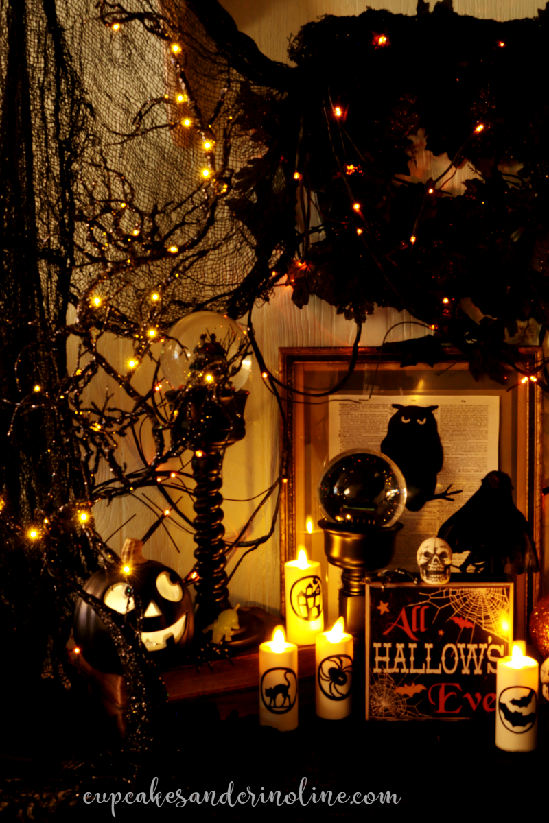Sparkle and Glitter Halloween Decor Halloween displays and Haunted