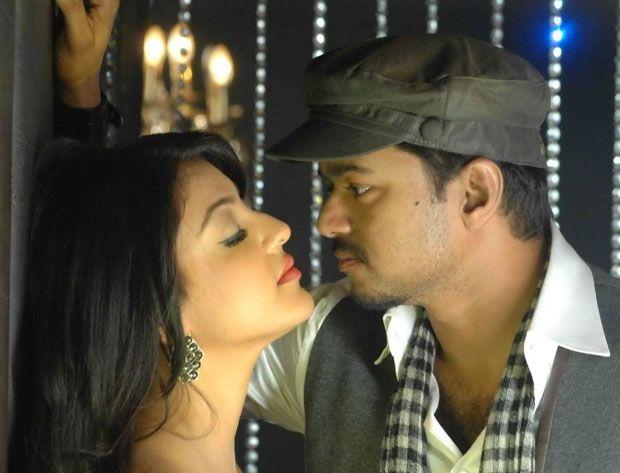 Kajal Agarwal In Thuppakki Movie Hot Photos News Page 14 Hottest Photos Movies Cinema Actress