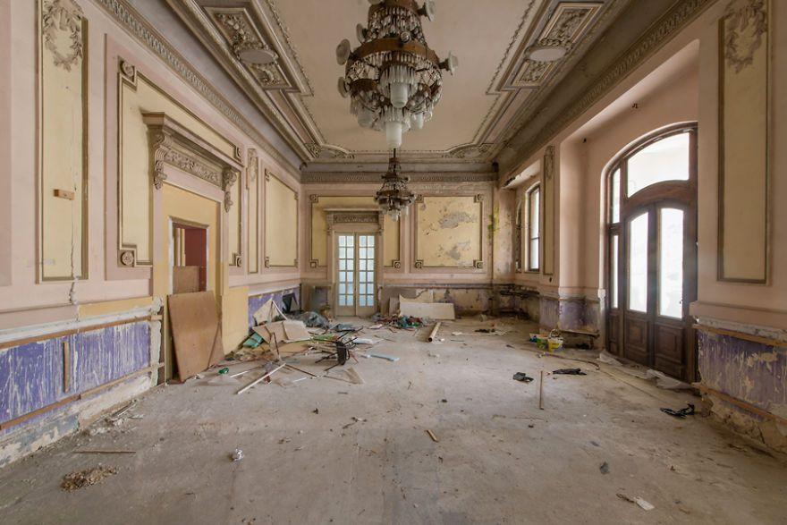 Le superbe casino de Constanta casino abandonné de Roumanie par Romain Veillon  2Tout2Rien