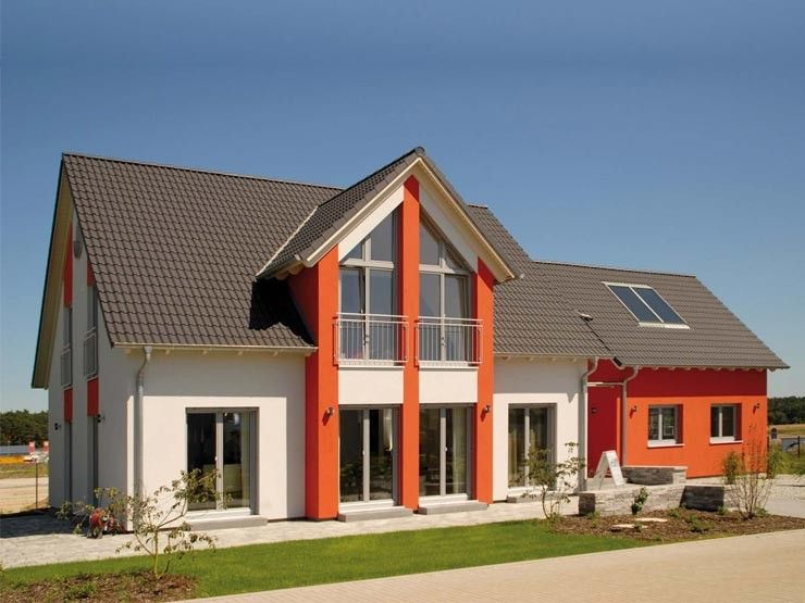 Young creative 250 einfamilienhaus mit for Einfamilienhaus zweifamilienhaus