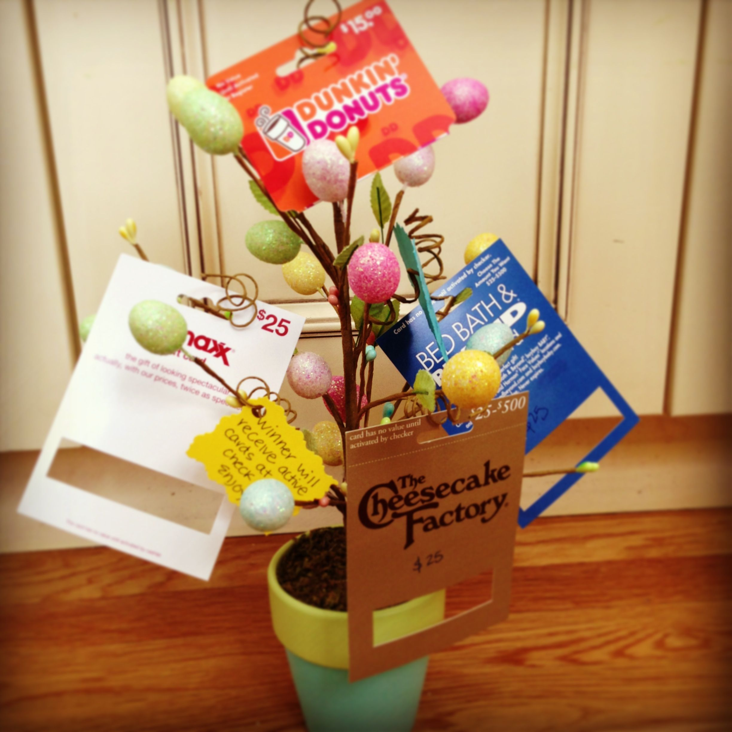 Gift card tree ideas pinterest - Gift Card Tree Getting Ready For Preschool Silent Auction