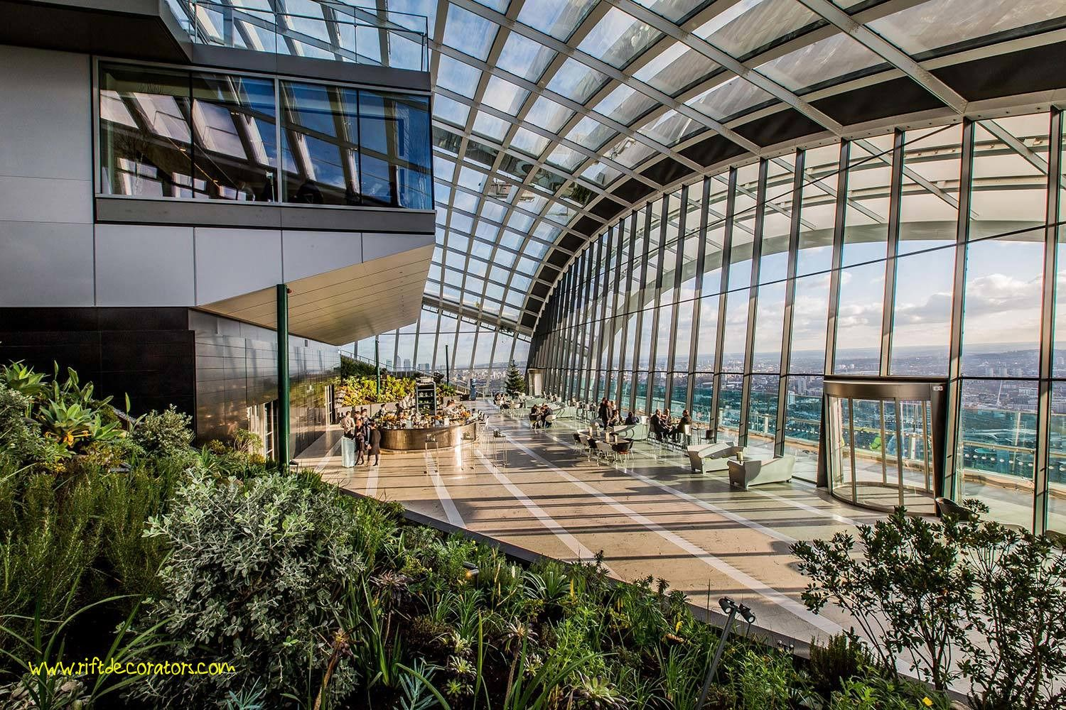 35 Lovely Rooftop Garden Bar London Best Rooftop Bars In London In 2020 Sky Garden Tourist Trap Things To Do In London