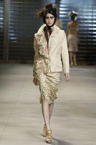 John Galliano Spring 2007 Ready-to-Wear Fashion Show - Cecilia Mendez