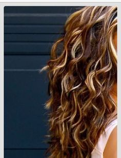 auburn and blonde highlights on brown long curly hair ...