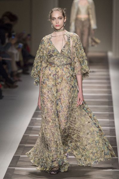 The Most Gorgeous Gowns From Milan Fashion Week Spring 2016, Etro