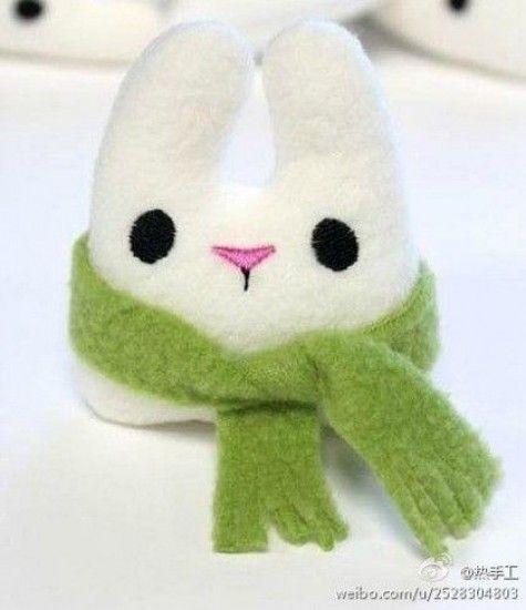 DIY-Animal-toys-sock-bunny | Häkel ein Mitbringsel | Pinterest ...