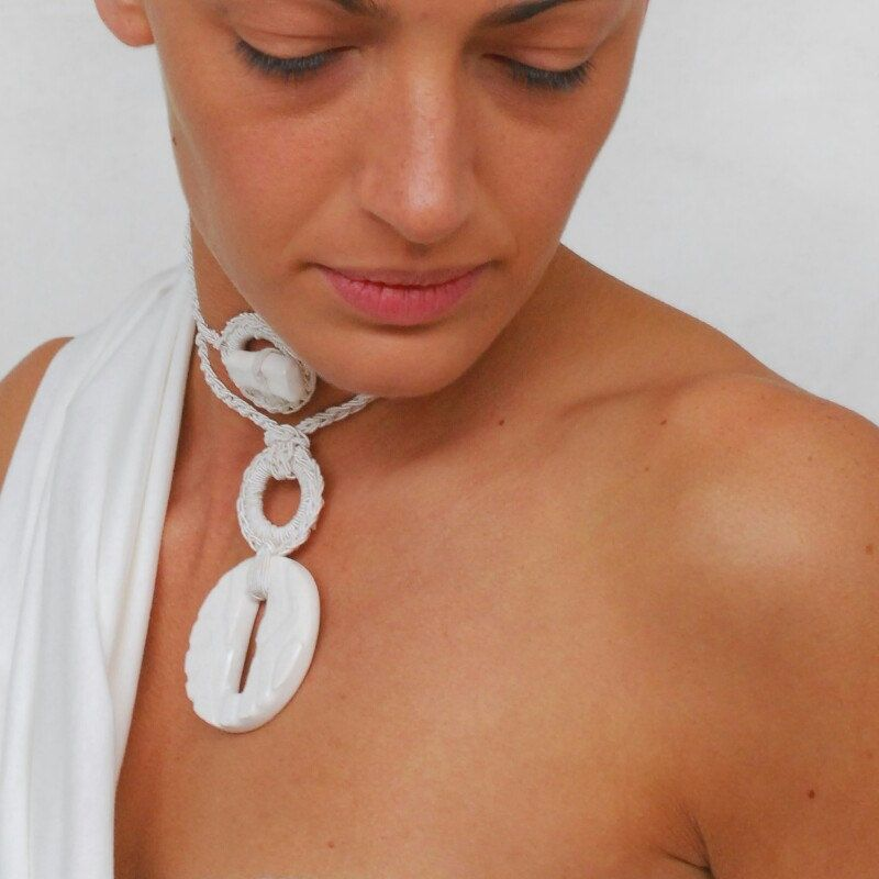 Total White. New Aliquid Ceramic Pendant