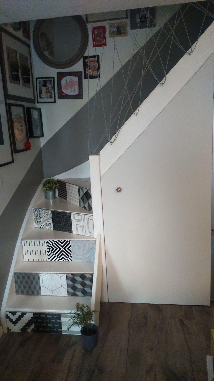 Moderniser Son Escalier idée déco diy pour customiser son escalier : cloisonner un coin