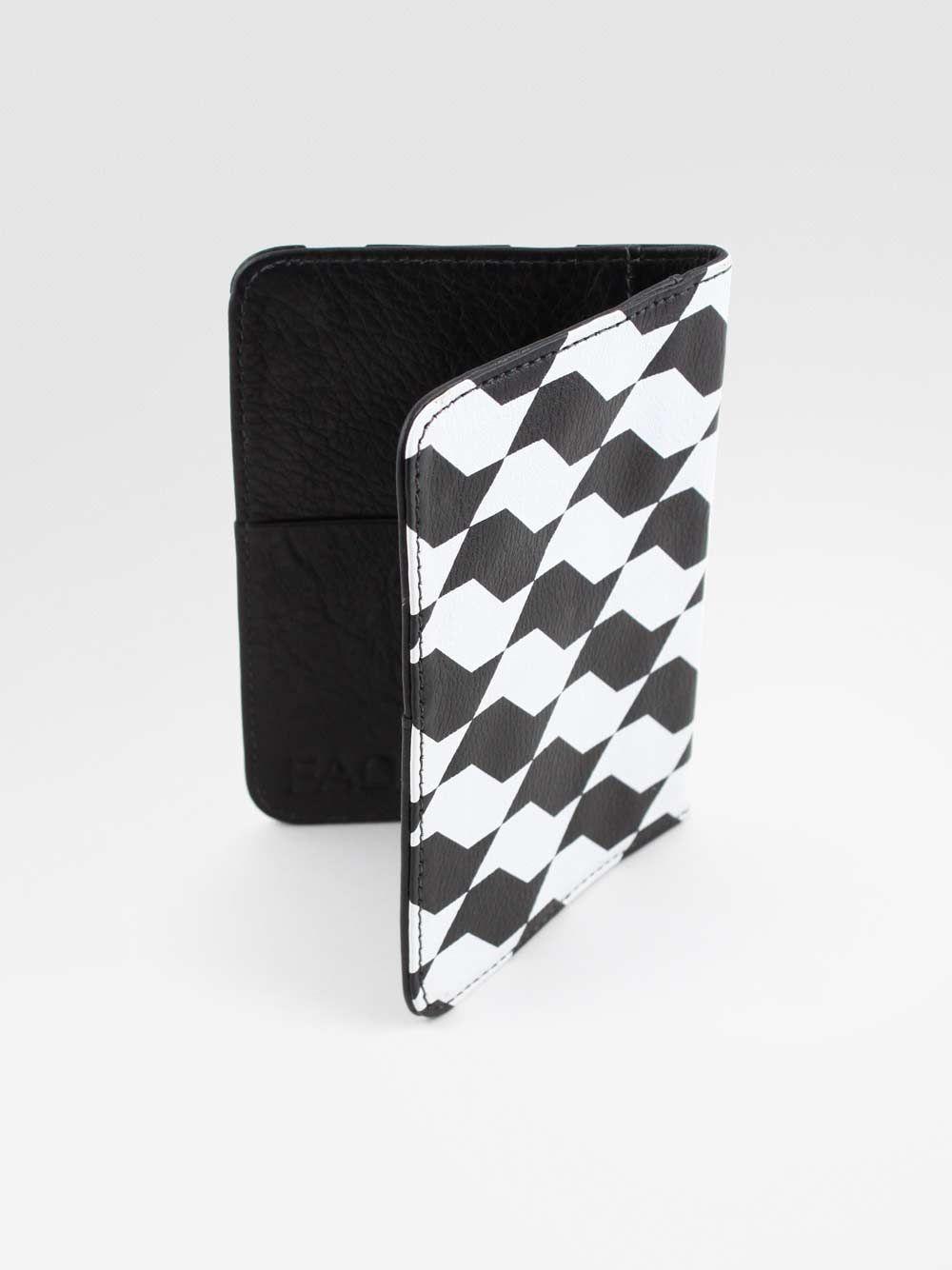 capa passaporte sampa preto/branco