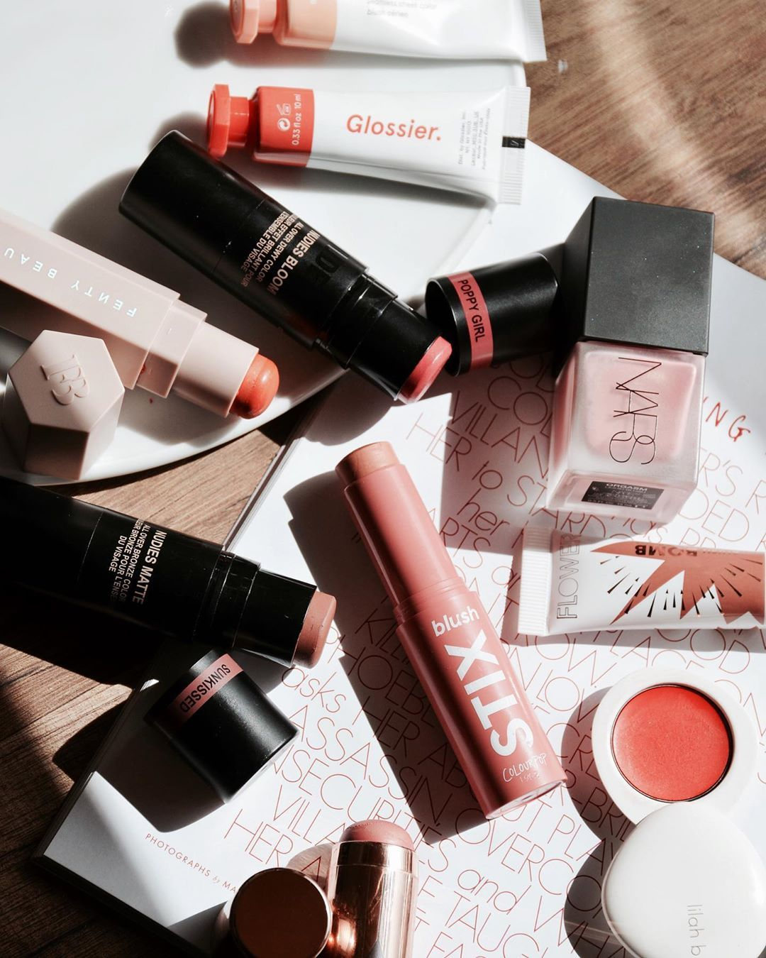 Lightweight Makeup You Need for Summer blankitinerary