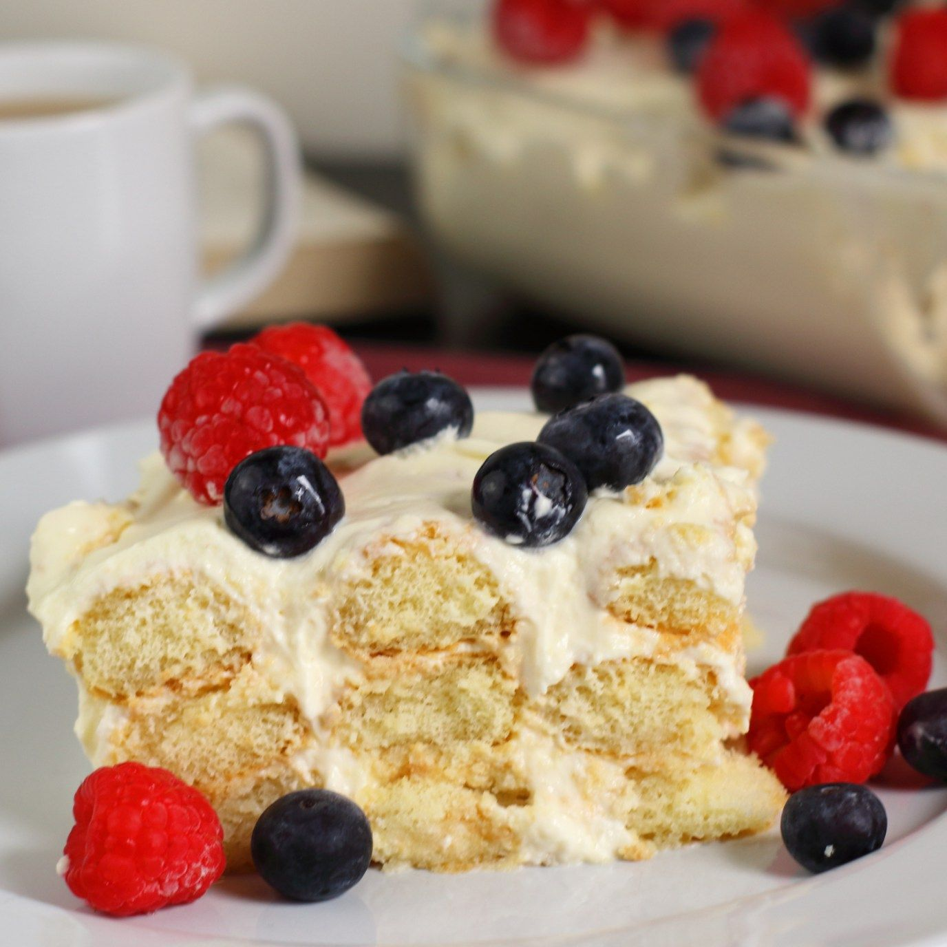 Limoncello Tiramisù with Blueberries and Raspberries - In two versions - Signorina Spaghetti