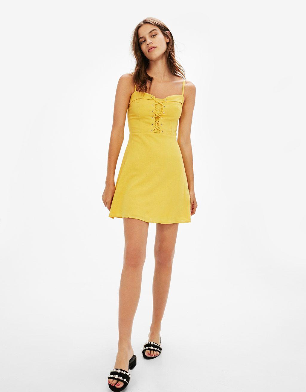 2707a6a895 Vestido lino tirantes escote acordonado - Vestidos - Bershka España