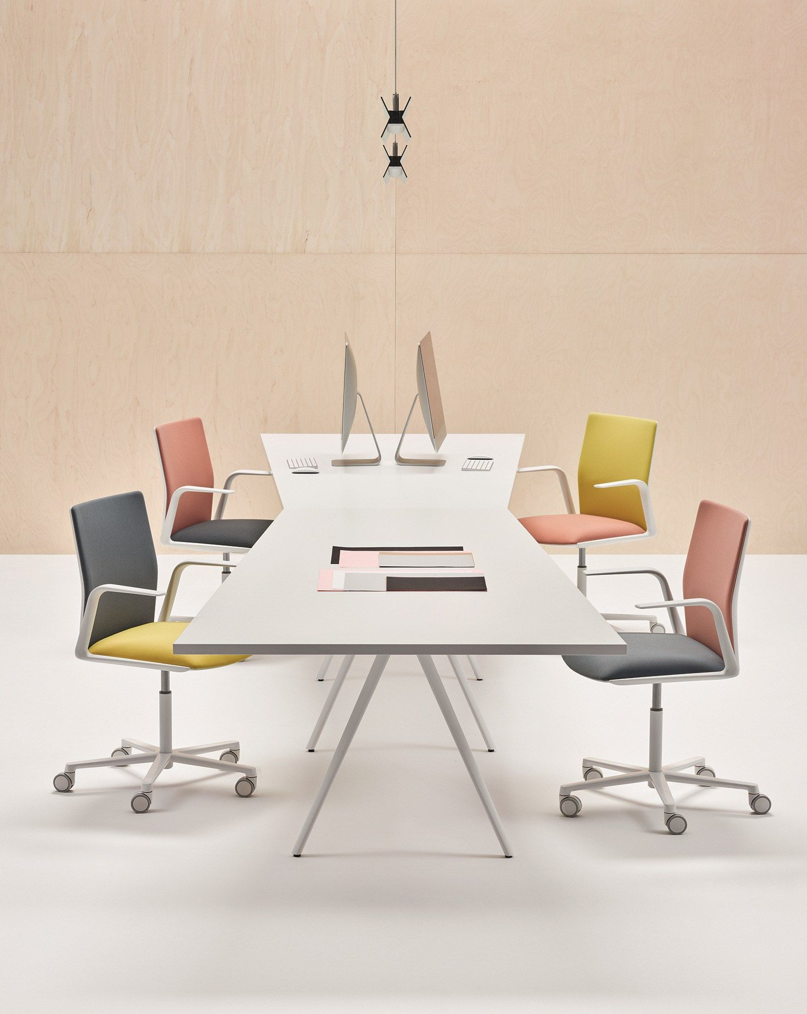 Modular Meeting Table MEETY Meeting Table Arper OfficeFUR - Modular meeting table